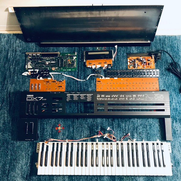 Disassembled DX7 IID